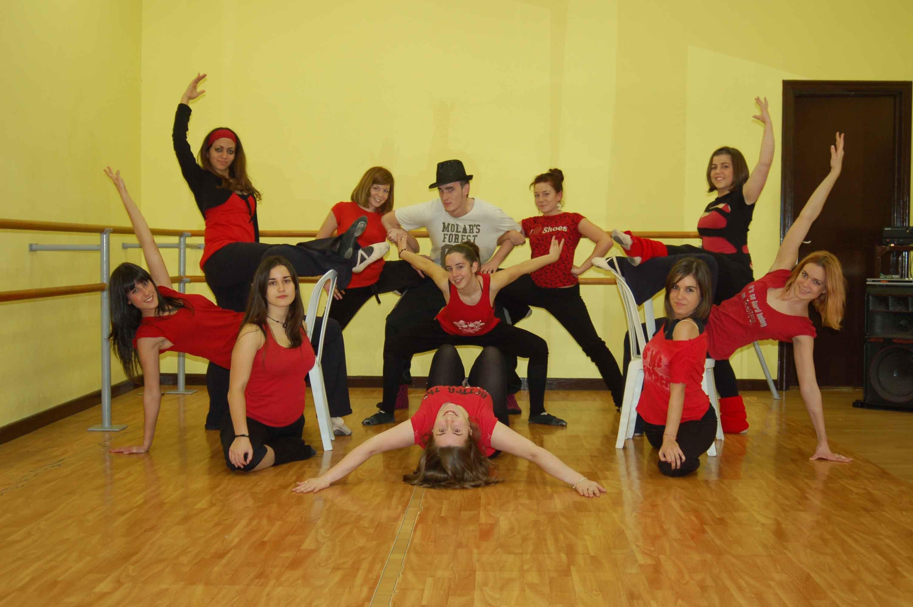 Academia de ballet en latex - 3 part 4